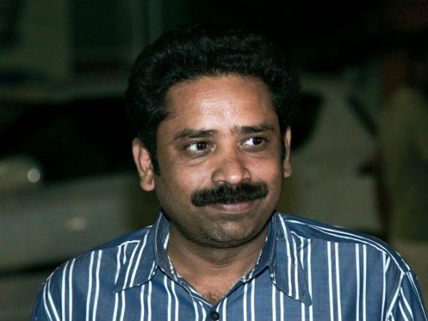 ரசிகர்களின் கடும் எதிர்ப்பால் சீனு ராமசாமி ட்வீட் நீக்கம்!