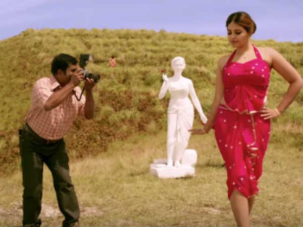 அஞ்சலியா இப்படி..? 'ரோசாப்பூ' படத்தில் என்ன கேரக்டர் தெரியுமா?