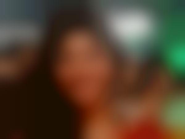ஷூட்டிங்கிற்கு லேட்டா வருவதில் சிம்புவையை தூக்கி சாப்பிட்ட நடிகை
