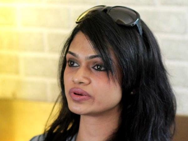 கசமுசா போட்டோ, வீடியோ: நாறிப் போன ட்விட்டர், சுசி லீக்ஸை மறக்க முடியுமா? #SuchiLeaks