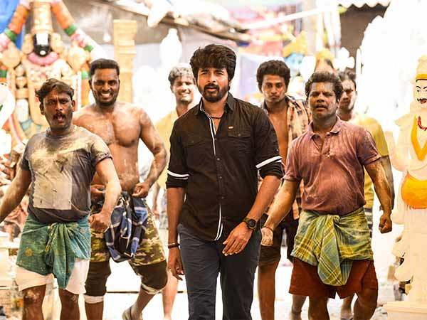 Velaikkaran gets clean U certificate from censor board