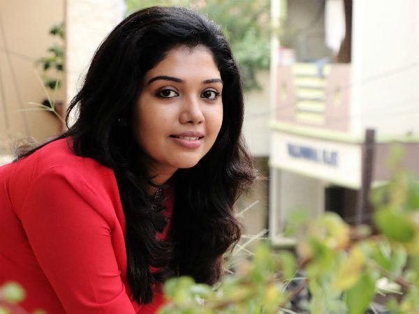 Riythvika refuses to hit director Venkatesh