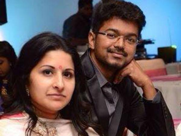 Vijay will back to india on Jan 12