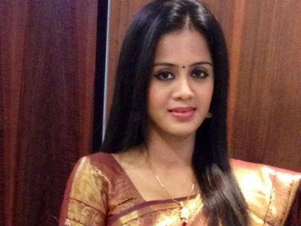 யக்கா அஞ்சனா அக்கா, இப்படி பண்ணிட்டீங்களேக்கா: ரசிகர்கள் ஃபீலிங்
