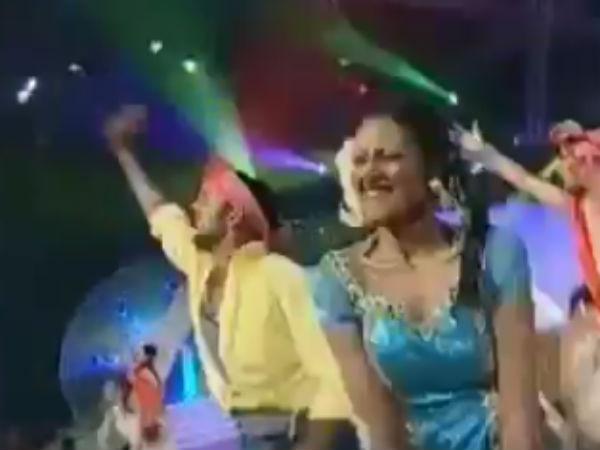 விஜய் பாட்டுக்கு செம ஆட்டம் போட்ட தினேஷ் கார்த்திக்: வைரலான வீடியோ