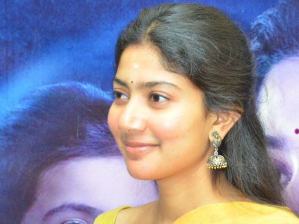 Sai Pallavi jumps out of Car and sat in a Lucky Guy