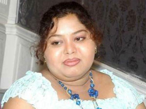 'அம்மாவை'யே கொன்னவங்களுக்கு சாமான்ய மக்களை கொல்வது கஷ்டமா?: ஆர்த்தி கொந்தளிப்பு