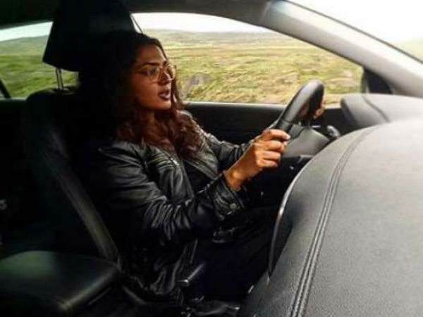 Parvathy met with an accident