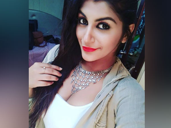 Actress Yashika says nothing wrong in losing virginity!