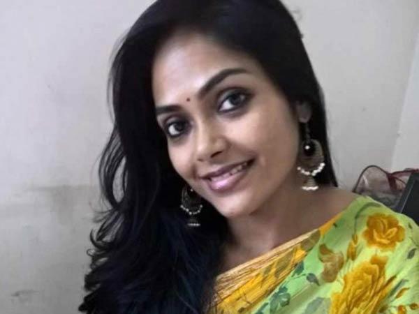 வாட்ஸ்-ஆப் மூலம் பாலியல் தொழிலுக்கு வலை... நடிகை ஜெயலட்சுமி பரபரப்பு புகார்..  2 பேர் கைது