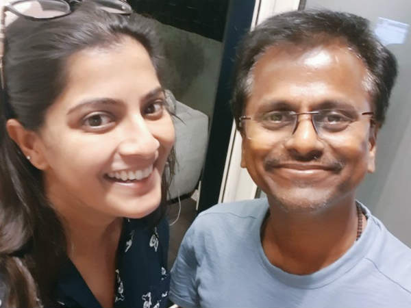AR.Murugadoss is Varalakshmi cutest director!