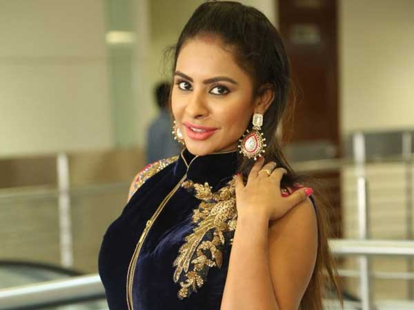 Sri Reddy Accuses Vishal