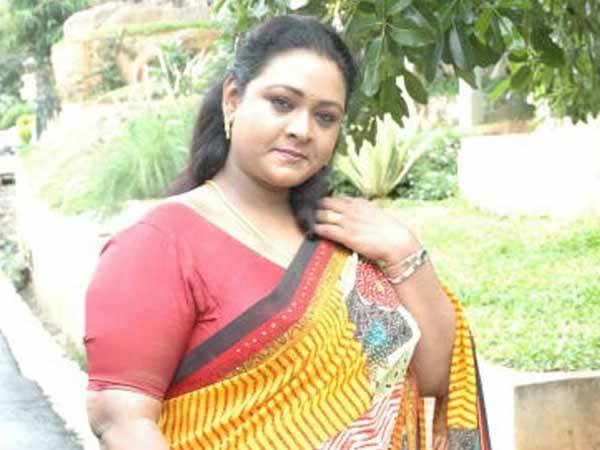 கமல் கட்சியில் சேர விரும்பும் ஷகீலா சேச்சி: வெயிட்டு தான்