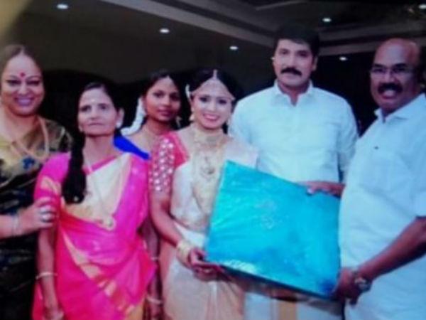 Jangiri Madhumitha: தாய்மாமன் மகனை மணந்த 'ஜாங்கிரி' மதுமிதா: அமைச்சர் ஜெயக்குமார் நேரில் வாழ்த்து