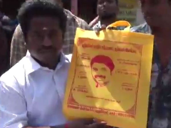 Santhanam fans give cloth bags to people in Puducherry