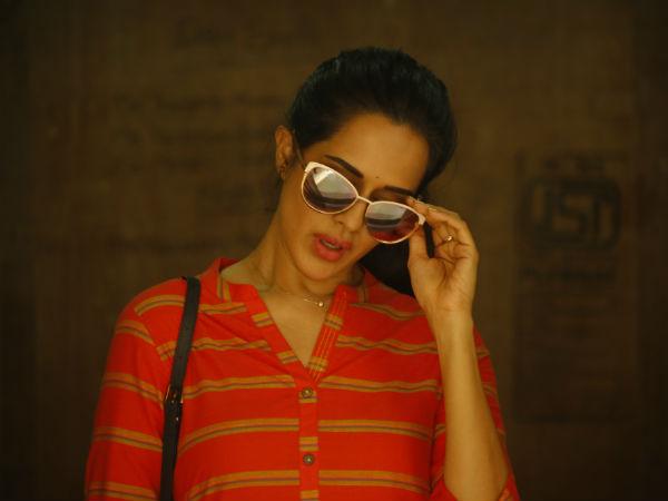 நடிகைகள் வெறும் கவர்ச்சி சின்னங்களாக சித்தரிக்கப்படக் கூடாது... நடிகை பிரதைனி சர்வா!