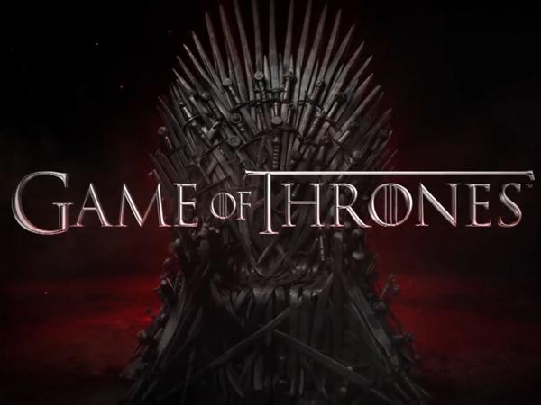Game of Thrones: வெயில் மண்டைய பொளக்குது, த்ரிஷாவுக்கு குளிருதாம்