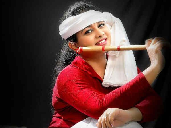 தங்கை படிப்புக்காக பிரேக் விட்ட 'கருவாப்பையா' நடிகை.. மீண்டும் நடிக்க வருகிறார்!