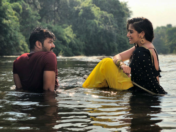 Neeya 2 review: Its a snakes love story