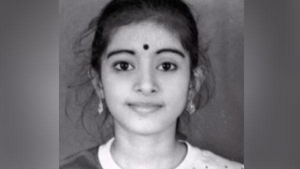 சிநேகாவின் சிறு வயது போட்டோ... ஏய் நீ ரொம்ப அழகா இருக்கே