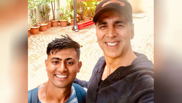 நடிகரை பார்க்க 900 கிலோமீட்டர் நடந்தே வந்த ரசிகர்: வைரல் வீடியோ