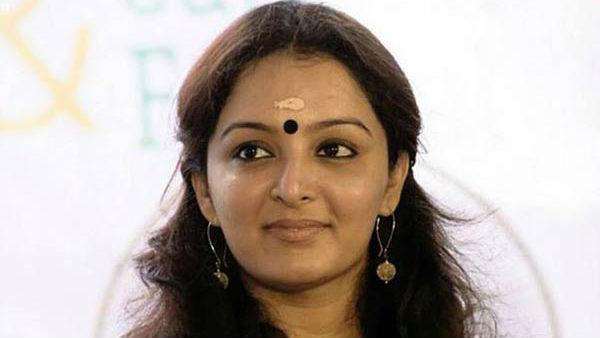 அவரால என் உயிருக்கு ஆபத்து... நடிகை மஞ்சு வாரியர் புகார், இயக்குனர் அரெஸ்ட்!