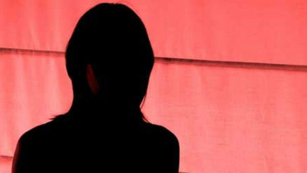 நான் எப்போ அப்படி சொன்னேன்.. ரீஎன்ட்ரியான நடிகை திடீர் பல்டி.. தலையை சொரியும் மலையாள சினிமா!