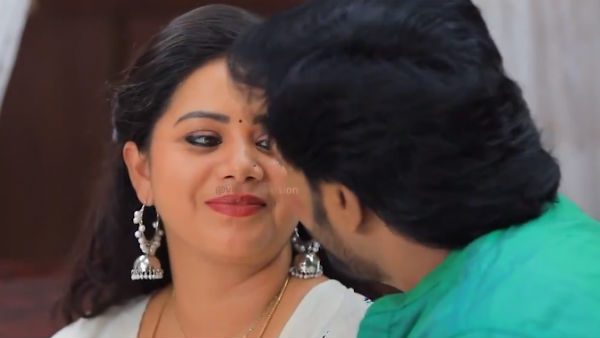 Naam Iruvar Namakku Iruvar serial: கதவை சாத்திக்கிட்டு எதுக்குங்க வேஷ்டி கட்டணும்?