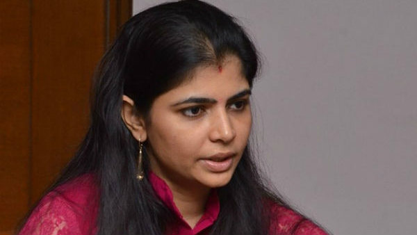 வைரமுத்து 13+.. அனு மாலிக் 6+.. மகளிர் தினம் ஒண்ணு தான் குறைச்சல்.. பாடகி சின்மயி பொளேர்!