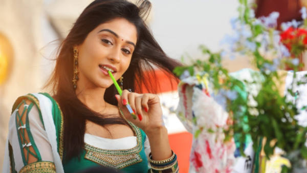 நெகடிவ் கதாபாத்திரத்திற்காக ஐ எம் வெயிட்டிங்.. நடிகை ரெஜினா!