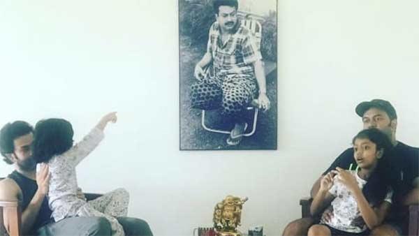 நடிகர் பிரித்விராஜ் வெளியிட்ட..மூன்று தலைமுறைகள் புகைப்படம் வைரலாகி வருகிறது!