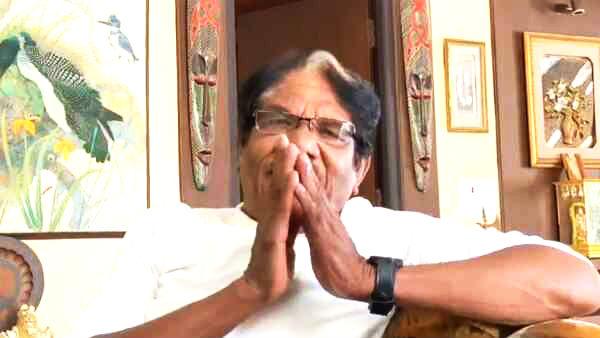 'நோஞ்சான்' என்பதா? கிளம்பியது எதிர்ப்பு..' அது கோபத்தில் வந்த வார்த்தை' பாரதிராஜா திடீர் விளக்கம்!