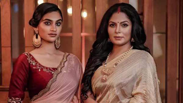 அம்மா-மகளாக நடிக்கிறாங்களாமே.. ஹீரோயின் ஆகும் பிரபல நடிகையின் மகள்..  ரசிகர்கள் வரவேற்பு! | Asha Sharath and daughter Uthara to act in Manoj Kana  film - Tamil Filmibeat