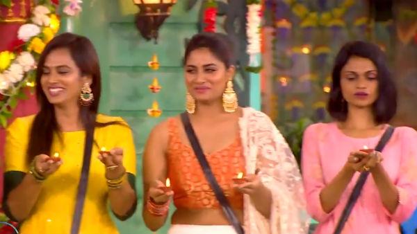 பிக் பாஸ் வீட்டில் தல தீபாவளி.. அழகு பதுமைகளாக மாறிய போட்டியாளர்கள்.. ஷிவானி, ரம்யா வாவ்!