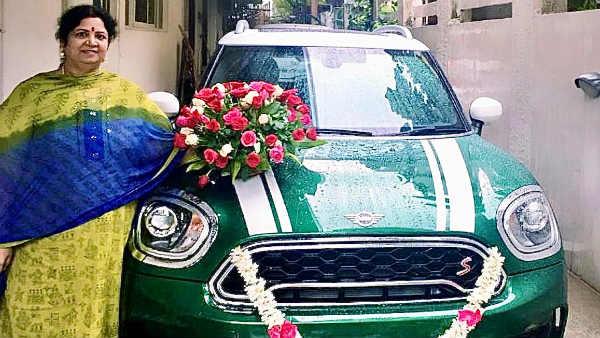 சிம்புவுக்கு உஷா ராஜேந்தர் கொடுத்த சொகுசு கார்.. மகன் தொடர்ந்து நடிப்பதால் அம்மாவின் அன்பு பரிசாம்!
