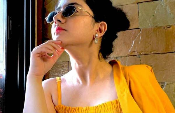 தளதளவென வளர்ந்திருக்கும்  ஸ்ரேயா ஷர்மா… வாடி ராசாத்தி என வர்ணிக்கும் ரசிகர்கள்!