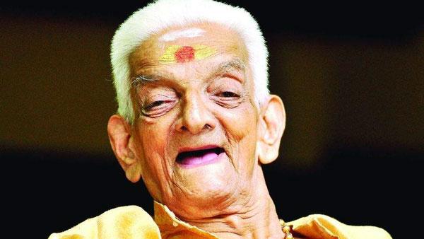 கொரோனாவில் இருந்து மீண்ட பம்மல் கே சம்பந்தம் தாத்தா நடிகர் உன்னிகிருஷ்ணன் நம்பூதிரி காலமானார்