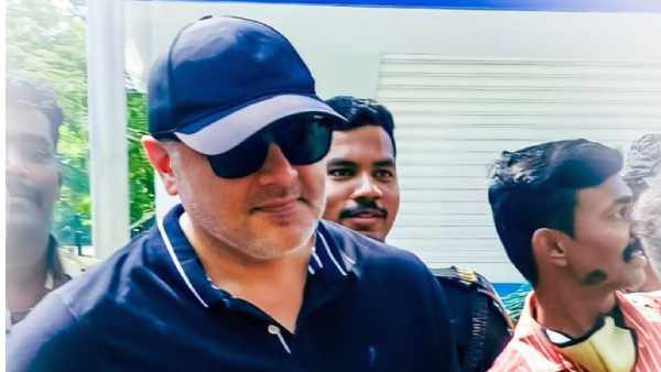 Thala Ajith changes to super mass getup after five years - latest pics explodes the internet