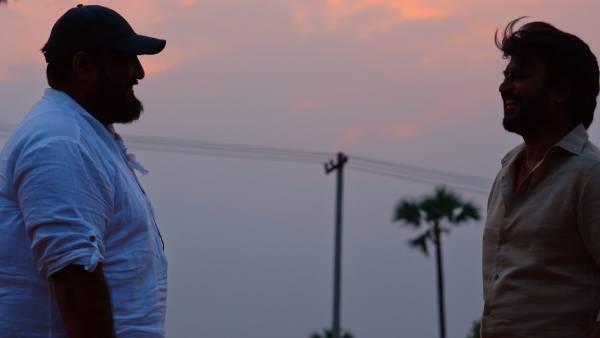 பேக் டூ ஃபார்ம்மான ரஜினி.. அண்ணாத்த ஸ்பாட்டில் இருந்து வெளியான லேட்டஸ்ட் போட்டோ!