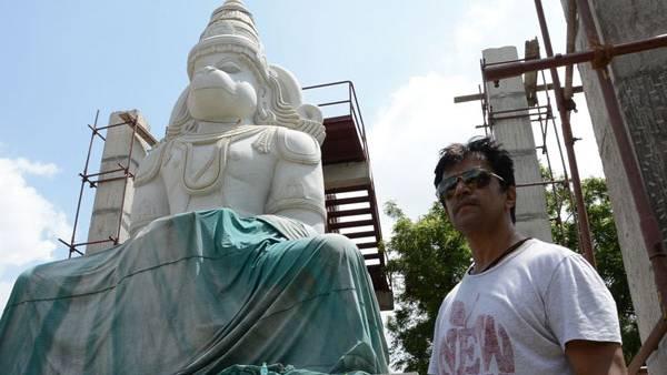 ஹனுமானுக்கு பிரம்மாண்ட கோயில் கட்டிய அர்ஜுன்... விரைவில் கும்பாபிஷேகம்