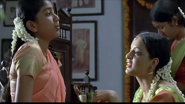 இந்த தமிழ் ஹிட் படத்தில் நடித்தாரா சாய் பல்லவி... யாராச்சும் கவனிச்சீங்களா ?