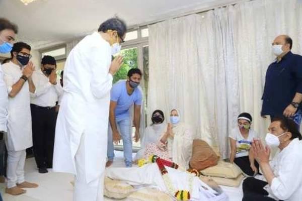 மகாராஷ்ட்ரா முதல்வர்