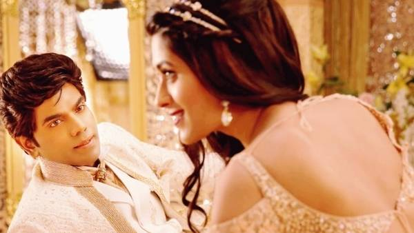 இத்தனை மொழிகளிலா?... லெஜண்ட் சரவணன் நடிக்கும் படத்தின் புதிய அப்டேட் !