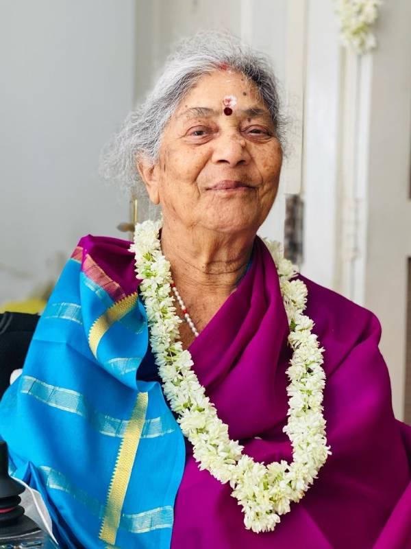 தாத்தாவின் 85வது பிறந்தநாள்