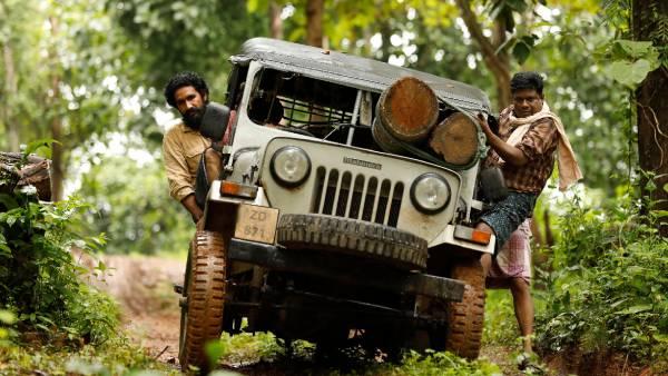 2021 டிசம்பர் 10 இல் வெளியாகும் 'மட்டி' ... அதிரடி சகதி ரேஸ் திரைப்படம்