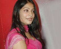 https://tamil.filmibeat.com/img/2008/03/vijayalakshmi250_19032008.jpg