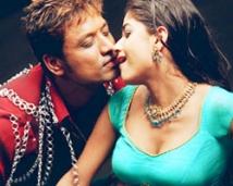 https://tamil.filmibeat.com/img/2008/04/sjsurya-nila2-250_01042008.jpg