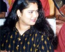 http://tamil.filmibeat.com/img/2008/06/yuvarani250_07062008.jpg