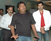 http://tamil.filmibeat.com/img/2008/07/prakashraj250_09072008.jpg
