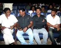 http://tamil.filmibeat.com/img/2008/08/bharathiraja-seema-amir250_03082008.jpg
